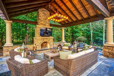 42 awesome outdoor living design ideas on a budget freshouz outdoor living room design outdoor living room design