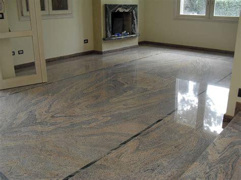 pavimenti in granito foto pavimento in granito de mediani gian luca 81151