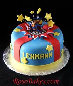 superman kuchen superman bursting out of the cake exploding cake tutorial