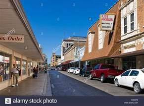 Shopping In Downtown Tx Shops On Hidalgo In Downtown Laredo Usa