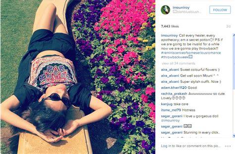 Rahasia Taman Bunga Serial Cantik rebahan cantik di taman bunga mouni roy pamer perut dan paha kapanlagi