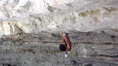 Baron Lung rock climbing quot thieving scum quot 5 13 at cub cave in