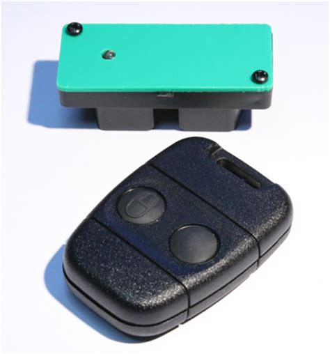 defender land rover key and key fobs remote key uk