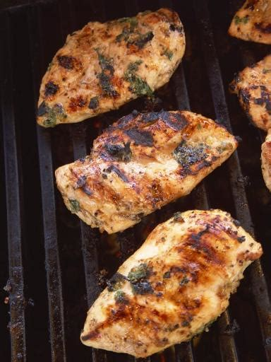 cuisiner les prot駟nes de soja recette poulet barbecue marin 233 miel soja notre recette