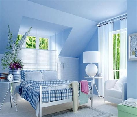 Light Blue Walls In Bedroom Blue Bedroom Wall Blue Gray Wall Color Blue Gray Bedroom Walls Bedroom Designs Suncityvillas