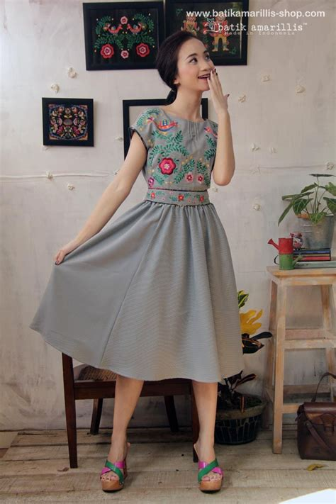 84 best embroidery dresses images on embroidered dresses embroidery dress and blouses
