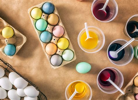 dying easter eggs with food coloring how to dye easter eggs with kool aid uses for kool aid