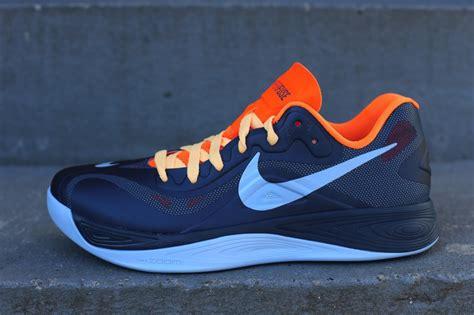 Sepatu Nike Hyperfose Low 01 nike hyperfuse 2012 low squadron blue total orange