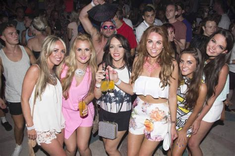 box office hot summer nights a guide to the top hangouts bars pubs and clubs in ibiza
