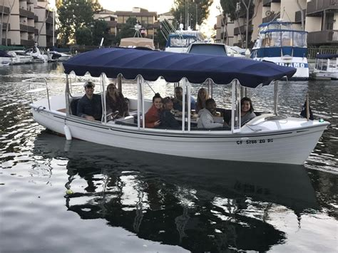 duffy boat rentals chicago on the water electric scooters or duffies around