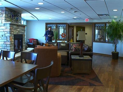 Ronald Mcdonald House Mn by Staying At Ronald Mcdonald House Inside Hospital 171 Cbs