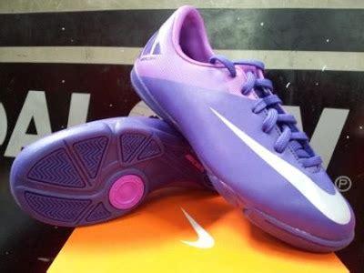 Sepatu Futsal Nike 400 Ribu model sepatu futsal terbaru