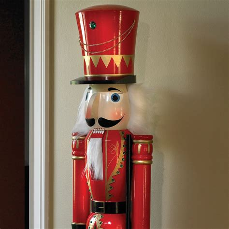 giant fifth avenue nutcracker the green head