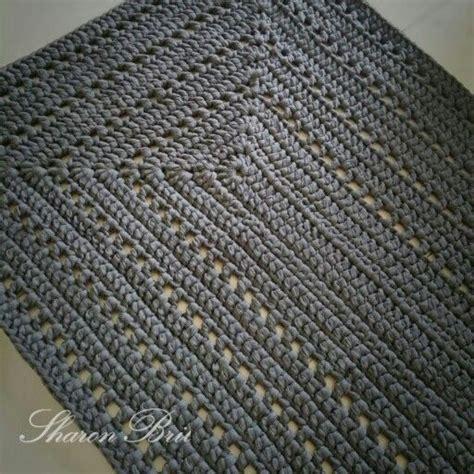 Crochet Bathroom Rug 25 Best Ideas About Crochet Mat On Pinterest Crochet Rug Patterns Bath Mat Inspiration And