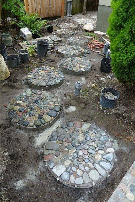 25 best ideas about concrete stepping stones on