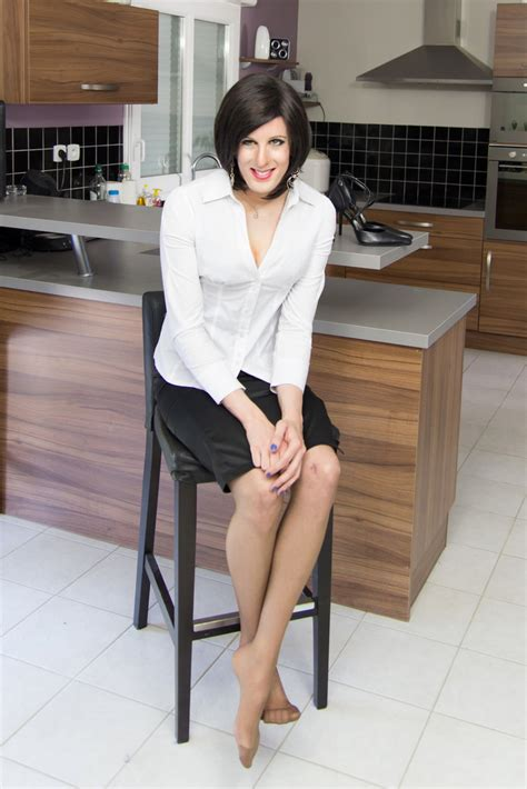 white blouse and black pencil skirt 2 the high heels