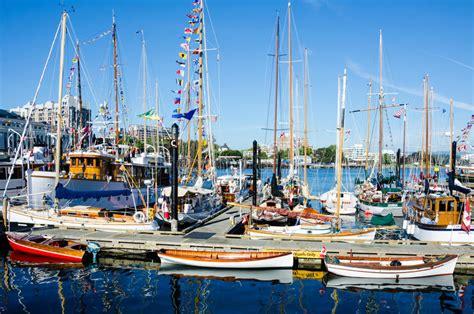 klassieke boten prachtig herstelde klassieke boten redactionele stock