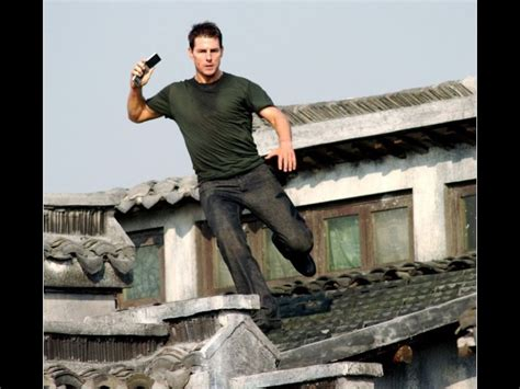 tom cruise jumping roof wallpaper 800 215 600 tom cruise
