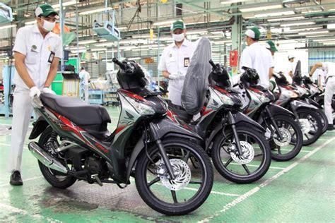 Striping Vario Supra X 125 Thailand Bahan Kodak Paper ahm dandani tilan supra x 125 pgm fi helm in gilamotor