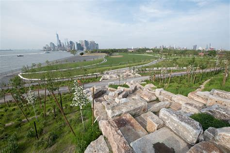 Landscape Architect York The Governors Island New York Usa