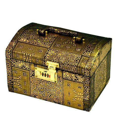 Vanity Box Price by Styler Vanity Box Gold Buy Styler Vanity Box Gold At