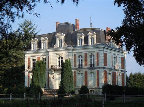 Vervallen Kasteel Te Koop Frankrijk by Kasteel Te Koop Berry Indre Centre Frankrijk Moulin