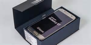 Harga Samsung S7 Edge Warna Putih penasaran isi box galaxy s7 ini dia penakannya