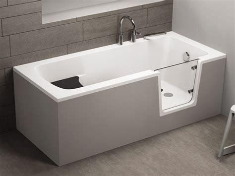 badewanne mit tuer rechteckige badewanne mit t 252 r seniorenbadewanne