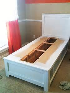 Diy Platform Bed With Storage Diy Platform Bed With Drawers Discover Woodworking Projects