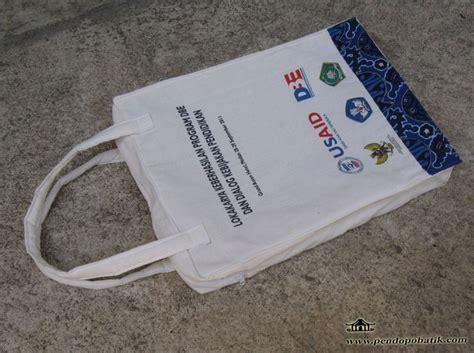 by antokdesign posted in portofolio tagged tas seminar seminar kit pendopo batik part 2