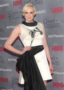 gwendoline christie commander lyme gwendoline christie replaces lily rabe in the final hunger