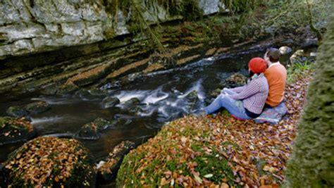 imagenes de paisajes raros los paisajes m 225 s extra 241 os de irlanda ireland com
