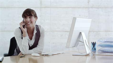 Femme D Affaires T 233 L 233 Phoner Bureau Business 4k M Tier De Bureau