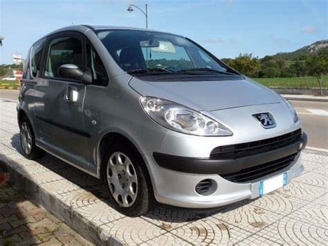 auto con porte scorrevoli sold peugeot 1007 1 4 hdi happy c used cars for sale