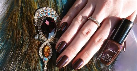 Inglot Enamel 630 unearthly inglot 2 breathable nail enamel 635