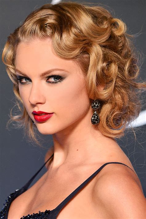 curly hairstyles taylor swift celebrity flirty curly hairstyles hairstyles 2017 hair