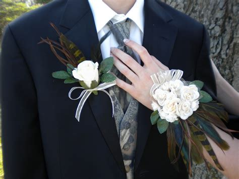 Boutonniere For Prom designer flair boutique prom corsage boutonniere set