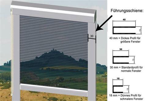 Sonnenschutzrollo Fenster Innen by Sonnenschutzrollos Folienrollos Und Blendschutzrollos Dunkel