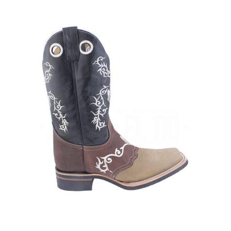 imagenes de botas vaqueras cuadradas botas vaqueras para dama wrangler