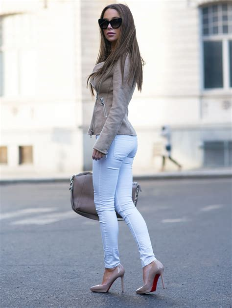 Cute Outfit Ideas Black Boots