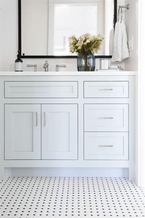 woodlawn blue bathroom best 25 woodlawn blue ideas on pinterest