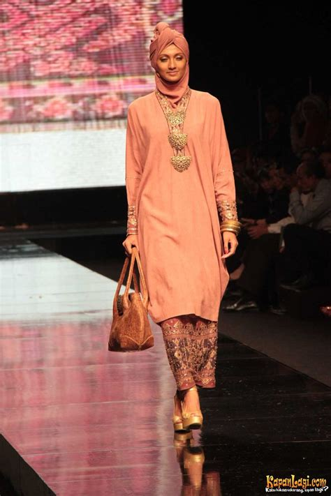 Ida Royani Ida Royani From West To The East Indo Fashion