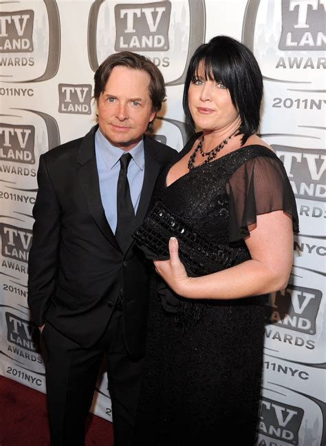 michael j fox married to nancy mckeon tina yothers in 9th annual tv land awards red carpet