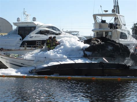 yacht jobs fort lauderdale fire destroys two yachts in ft lauderdale the triton
