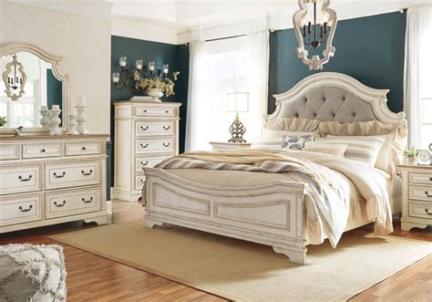 realyn  tone king panel bed set cincinnati overstock