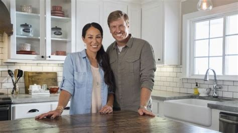 fixer upper season 5 o reilly departure opens door for quot fixer upper quot ratings