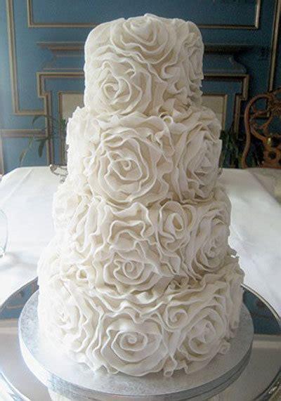 Pretty Wedding Photos by 10 Pretty Wedding Cakes Bridalguide