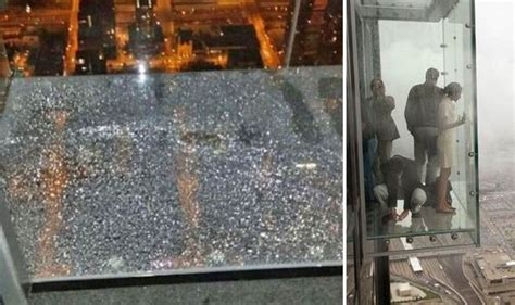 the terrifying moment a tourist in a glass box 1 350ft