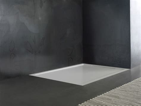 piatti doccia su misura in corian flow il nuovo piatto doccia in corian 174 realizzabile su
