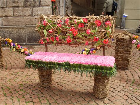 flower bench by applesandcinnamon on deviantart